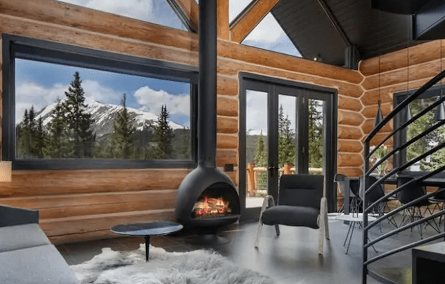 Modern log cabin style Airbnb in the mountains of Breckenridge Colorado