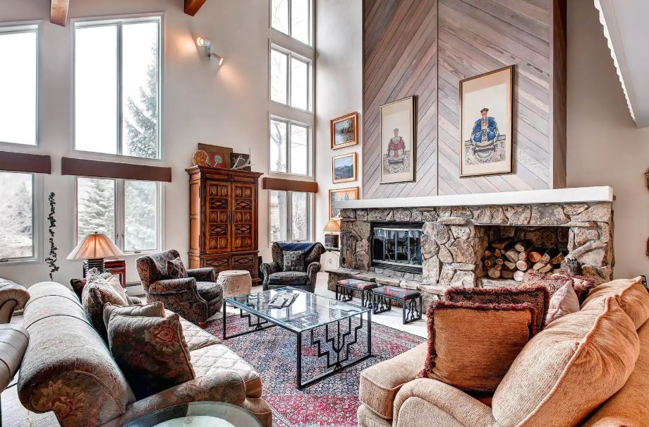 Vail Colorado home for rent with large living room and two fireplaces